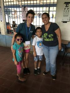 Volunteers with children in Nicaragua